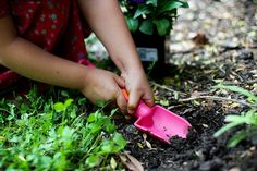 March 12 is Plant A Flower Day! Here are some tips for planting flowers with kids! Do you plant or garden with your children?