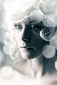 Benedict Campbell The Photographer - Fashion Photography. Retro. Cyberspace. 70's (perm). Beauty. Portrait. White.