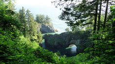 Exploring the best of the Oregon coast on 7 easy hikes  Natural Bridges Cove. Photo by Cary Bass, Creative Commons Attribution Share-Alike License.