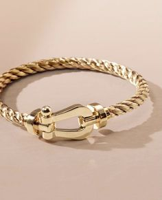 Mens Gold Bracelets, Bracelets For Men, Couple Ring Design, Gold Watches Women, Gold Jewelry Simple, Chains For Men, Bvlgari, Bracelet Designs, Luxury Jewelry