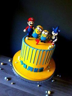 Minions by Radoslava Kirilova (Radiki's Cakes) Spiderman Birthday Cake, Minion Birthday, Minions, Minion Cakes, Video Game Cakes, Video Games, Birthday Sweets, Birthday Cakes, Surprise Cake