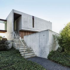 House Wiva by<br /> Open Y Office