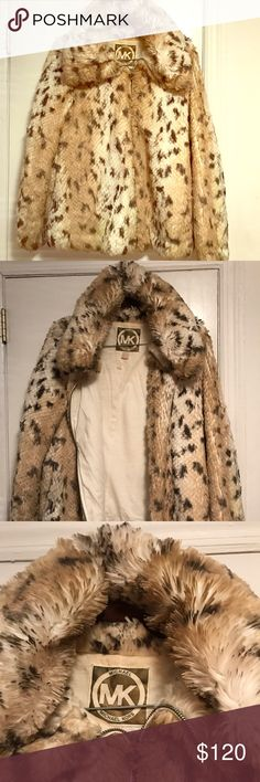Beautiful Michael Kors fur  winter Jacket Beautiful Michael Kors fur Jacket. Leopard color. Perfect for the winter and fall. Very good condition Michael Kors Jackets & Coats Pea Coats
