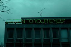 listen to your eyes, 2010 • maurizio nannucci