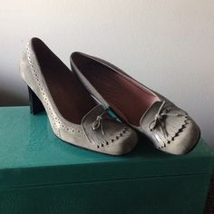 Nine West worn twice!! Very good condition, no box. Nine West Shoes