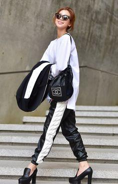 Street style: Lee Ho Jeong shot by Baek Seung Won at Seoul Fashion Week Fall 2015
