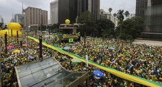 Manifestação pede Impeachment de Dilma