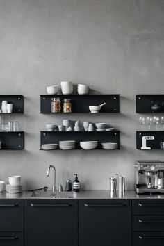 koffiemachine op aanrecht keuken
