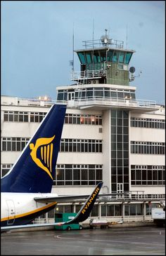 Ryanair aircraft at Pier D with the old terminal building in the background Dublin Airport, Erotic Photography, Brilliant Earth, Travel Themes, St Patricks Day, Aviation, Old Things, Fair Grounds, In This Moment