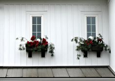 Christmas Window Boxes - The Lilypad Cottage