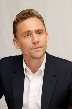 tom-hiddleston-i-saw-the-light-portraits-by-munawar-hosain-at-2015-tiff_6.jpg 1.200×1.800 Pixel