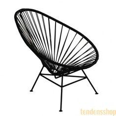 Sjov og dejlig lille loungechair lavet i Mexico, deraf navnet Acapulco. Er produceret for OK design og en relancering af en klassisk mexicansk stol. #Acapulco #havestol #hvilestol #okdesign #design