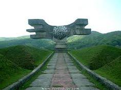 spomenik - Cerca con Google