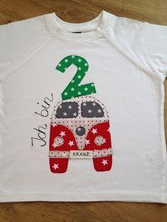 Langarmshirts - Shirt mit Bulli und Geburtagszahl - ein Designerstück von farbpiraten bei DaWanda