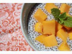 Pudim de Chia com Pedaços de Manga | Chia Pudding with Mango