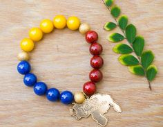 Venezuela Flag Bracelet Yellow Blue Red Bracelet beaded by GioArte