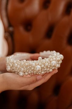 AURA Pearls Мягкая повязка на голову - оленагрин Women's Headbands, Headbands For Women, Gold Wedding Crowns, Wow Factor, Wow Products, Halo, Shapes, Pearls, Create