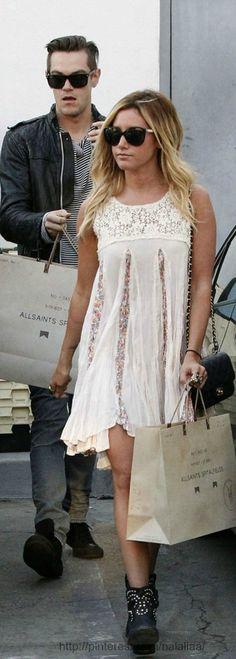 Street style, cute dress!