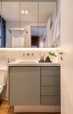 Fancy Houses, Pretty Room, Beautiful Bathrooms, Alcove, Showroom, Sweet Home, New Homes, Bathtub, Vanity