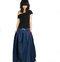 Red Pocket Long Skirt in black Q1001 by idea2lifestyle on Etsy, $45.00    I REALLY want this skirt