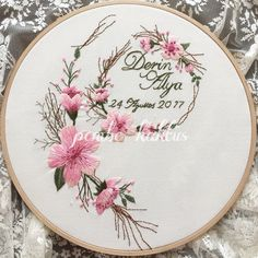 Wonderful Ribbon Embroidery Flowers by Hand Ideas. Enchanting Ribbon Embroidery Flowers by Hand Ideas. Floral Embroidery Patterns, Modern Embroidery, Embroidery Hoop Art, Hand Embroidery Designs, Hardanger Embroidery, Silk Ribbon Embroidery, Brazilian Embroidery Stitches, Embroidery Techniques, Couture