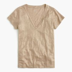 You loved our 100-percent linen T-shirt, but wanted it even lighter and more streamlined. We removed the pocket and made it slimmer—but not too slim—just in time for warmer weather (it's right around the corner, we swear). Body length: 25. Linen. Hand wash. Import.