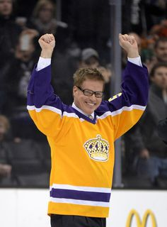 HBD Larry Murphy March 8th 1961: age 54