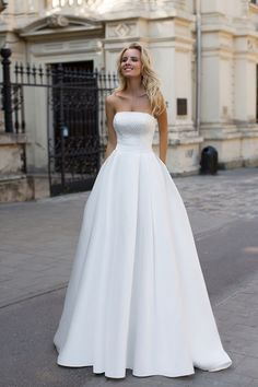 100+ Wedding dresses / Wedding ideas