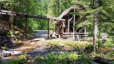 Top Ausflug: Auf dem Holzweg ins Mendlingtal | Wiederunterwegs.com Garden Bridge, Arch, Outdoor Structures, House Styles, Plants, Day Trips, Road Trip Destinations, Hiking, Vacation