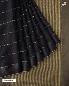 Black Thunder, Sari Dress, Desi Wear, Black Saree, Pinterest Photos, Anarkali Suits, Indian Outfits, Diy Jewelry, Sarees
