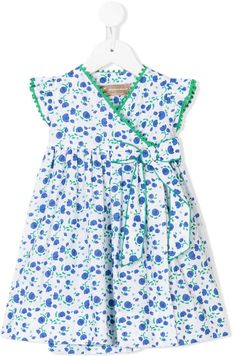 The baby girls' party dresses range features classic shapes in pastels and brights. Discover dresses with delicate embellishments at Farfetch. Frocks For Girls, Little Girl Dresses, Girls Dresses, Girls Frock Design, Kids Frocks Design, Toddler Dress, Baby Dress, Little Girl Fashion, Kids Fashion