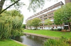 TO LET! Studio flat with separate kitchen. Fair Acres, Bromley - £625 pcm +Fees  http://www.vincentchandler.co.uk/