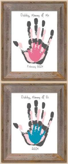 重ねて家族の手形をとったもの。毎年の恒例行事にすると良いですね。
