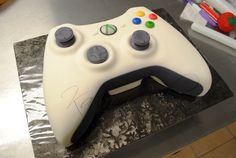 I want this to be Alex's grooms cake! How to Make an Xbox Controller Cake -Here's another step by step tutorial on how we created one of our latest cakes, the Xbox Controller c. 10th Birthday Cakes For Boys, 10 Birthday Cake, Birthday Cake Decorating, Birthday Ideas, Birthday Boys, Women Birthday, 20th Birthday, Birthday Nails, Birthday Parties