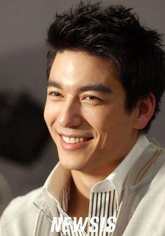 Dennis O'neil Asian Actors, Korean Actors, Korean Guys, Nice Outfits For Men, Dennis Oh, Handsome Asian Men, Hooray For Hollywood, Interesting Faces, Gorgeous Men