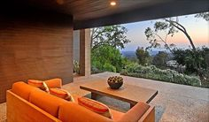 1960 Canna Road Residence Turned Modern - http://freshome.com/2009/08/25/1960-canna-road-residence-turned-modern/