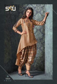 swag vol 3 Stylish party wear kurtis concept Pakistani Dresses Casual, Indian Fashion Dresses, Pakistani Dress Design, Indian Designer Outfits, Designer Dresses, Indian Fashion Trends, New Kurti Designs, Kurta Designs Women, Kurti Designs Party Wear