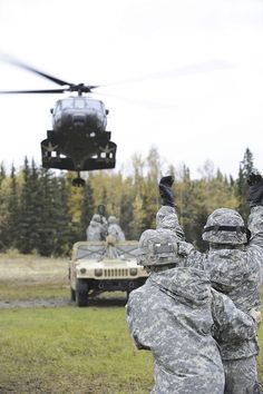 Soldiers from the Forward Support Company, 6th Engineer Battalion, conduct slingload operations with the 1st Battalion, 207th Aviation Regiment, Alaska Army National Guard, at Landing Zone Ranger, JBER-Richardson, September 20, 2012.