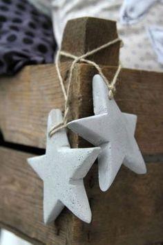 Concrete decoration for Christmas - DIY ideas and tips- Star diy concrete decoration ideas - Concrete Crafts, Concrete Projects, Christmas Crafts, Christmas Decorations, Holiday Decor, Star Diy, Diy Crafts To Do, Xmas Ornaments, Handmade