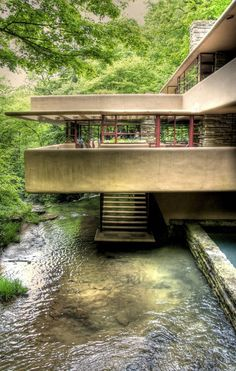 House by Frank Lloyd Wright (video) Fallingwater House by Frank Lloyd Wright (video)ah the great standard.one of my favorites of his!Fallingwater House by Frank Lloyd Wright (video)ah the great standard.one of my favorites of his! Art Et Architecture, Beautiful Architecture, Beautiful Buildings, Beautiful Homes, Japanese Architecture, Modern Buildings, Workshop Architecture, Organic Architecture, Futuristic Architecture