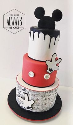 three tier cake, covered with white and red fondant, black fondant dripping on the sides, mickey mouse cake pan Bolo Mickey E Minnie, Fiesta Mickey Mouse, Mickey Mouse 1st Birthday, Mickey Cakes, Minnie Mouse Cake, Mickey Party, Mickey Mouse Party Decorations, Mickey Mouse Cookies, Pastel Mickey
