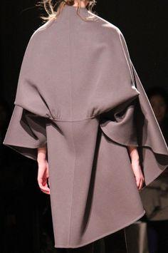 ファッションジャーナリスト樋口真一あなたの知らないパリコレクション、パリコレ、東京コレの秘密FASHIONLEAKS BY SHINICHI HIGUCHI