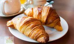 Kruvasan tarifi - Çayın yanına yeni bir lezzet: Kruvasan. http://www.hurriyetaile.com/evimiz/yemek-tarifleri/kruvasan-tarifi_30216.html