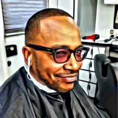 I can do alot of things but tell me how i was supposed to get Columbus Short camera ready when he's on the phone yip yapping in my chair with earphones & glasses on his face?
