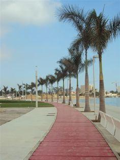 mobiliário urbano. baía de Luanda