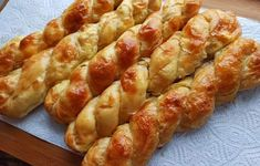 Most Delicious Recipe, Greek Recipes, Cooking Time, Sausage, Breads, Food And Drink, Appetizers, Pizza, Yummy Food