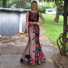 Prom dress Two piece, red & black, limited edition Sherri hill, only worn once! Perfect condition Sherri Hill Dresses Prom