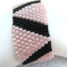 Triangles in Pink Peyote Cuff (2147) -A Sand Fibers Creation