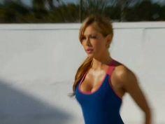 Estiramiento tras rutina cardiovascular con Claudia Molina. - YouTube