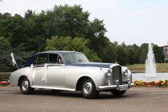 60 Jahre Eleganz in einem Bentley S2 - zu finden unter special-cars.info Benz, In This Moment, Vehicles, Anos 60, Car, Vehicle, Tools